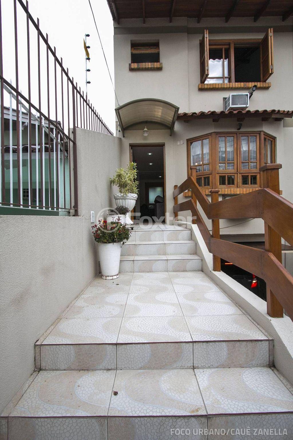 Foxter Imobiliária - Casa 3 Dorm, Porto Alegre - Foto 2