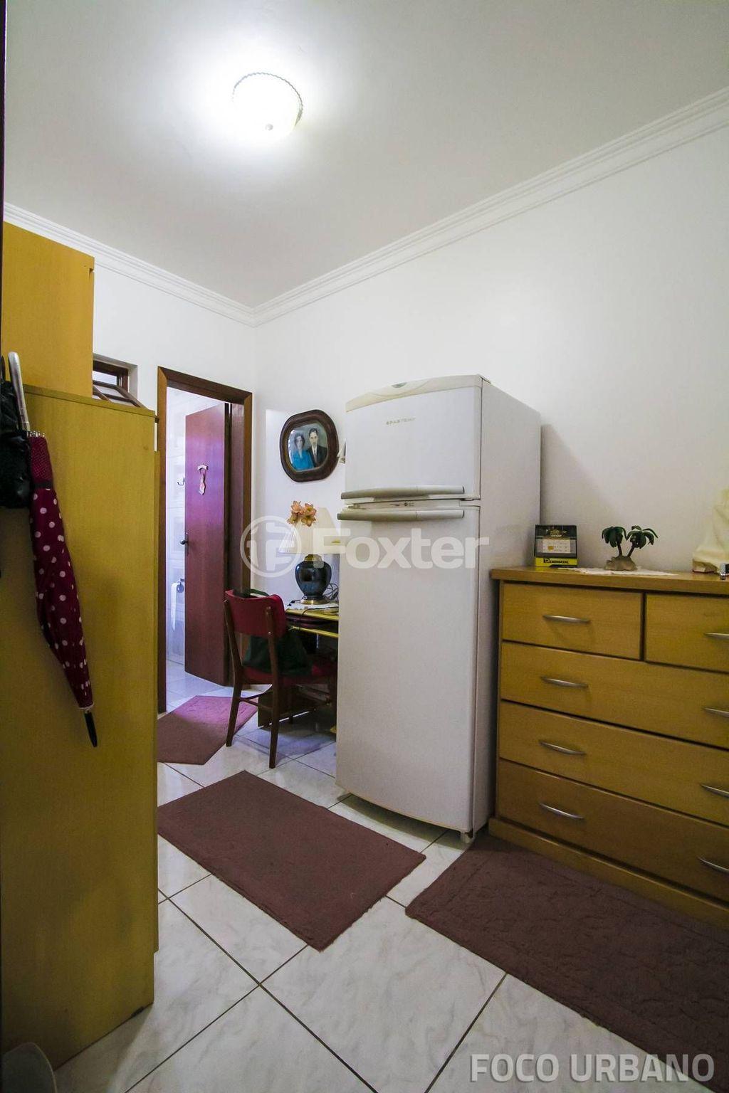 Casa 4 Dorm, Passo da Areia, Porto Alegre (121778) - Foto 8