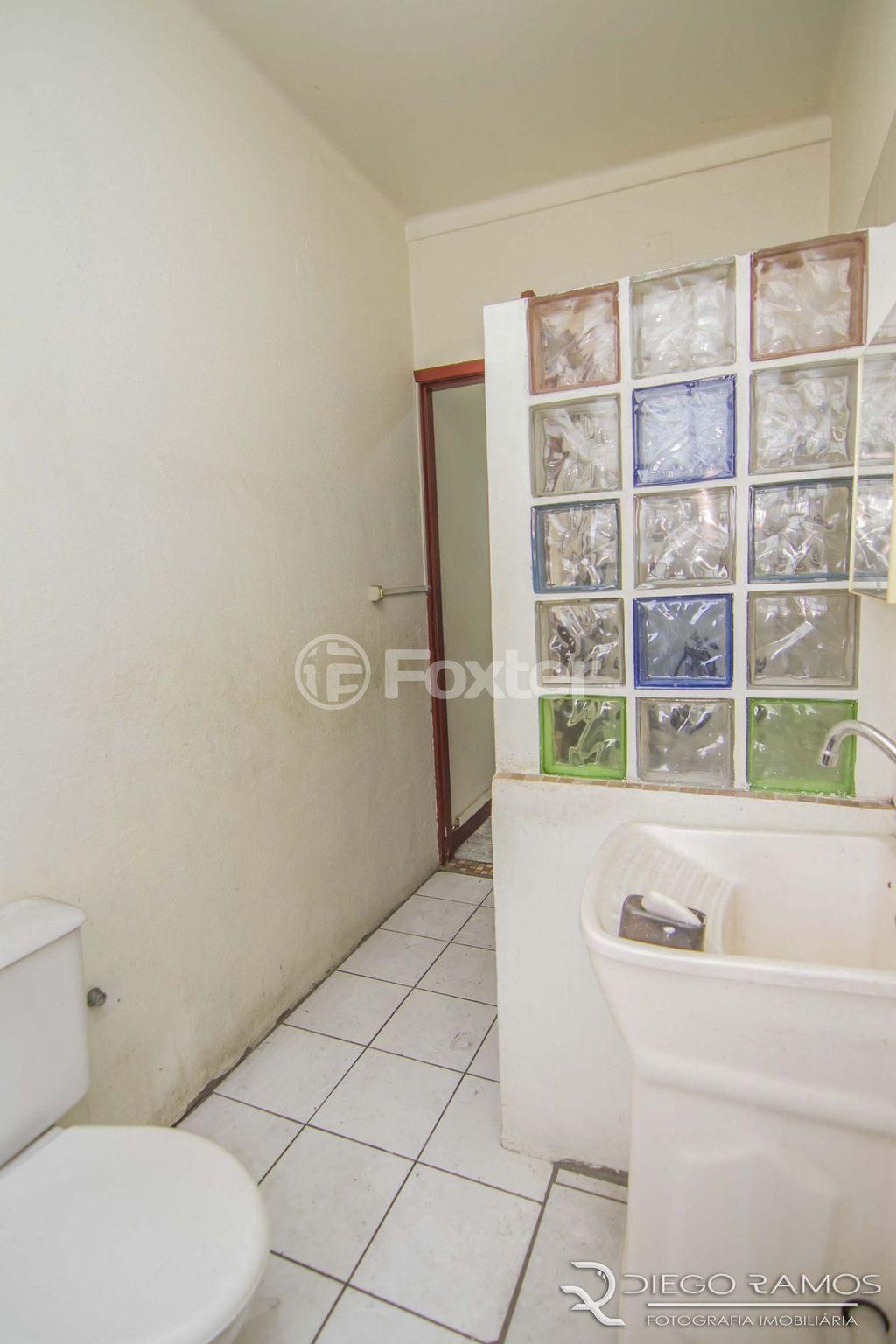 Apto 2 Dorm, Centro Histórico, Porto Alegre (122853) - Foto 9