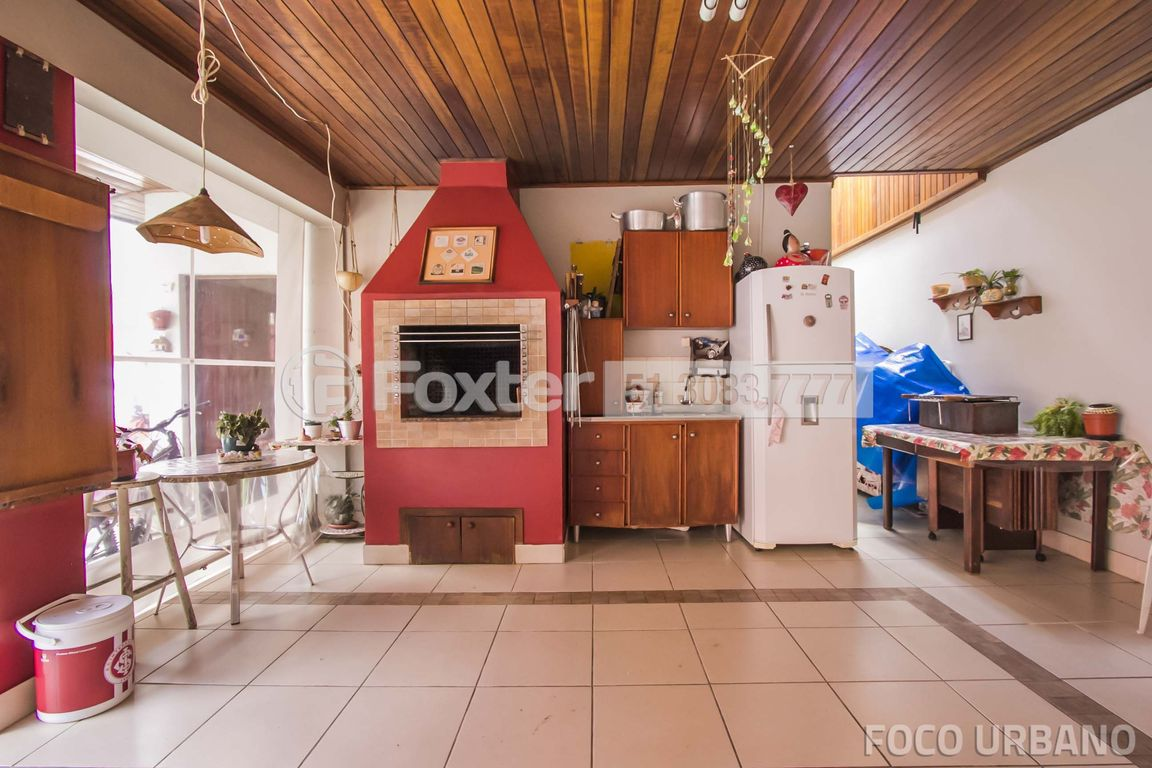 Casa 4 Dorm, Jardim Itu Sabará, Porto Alegre (133047) - Foto 30