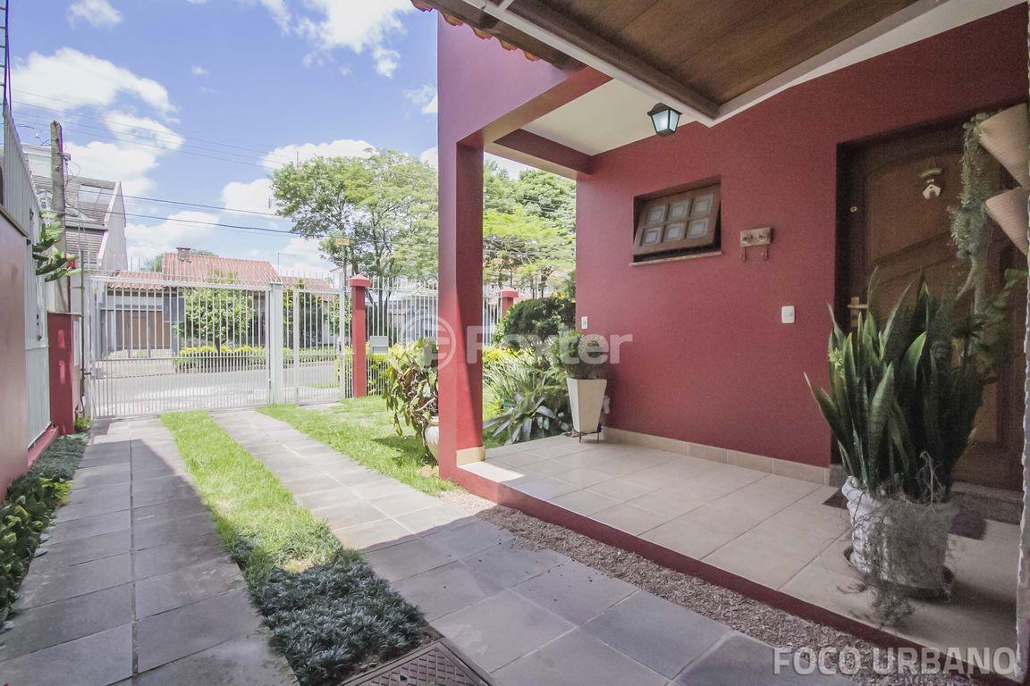 Casa 4 Dorm, Jardim Itu Sabará, Porto Alegre (133047) - Foto 35