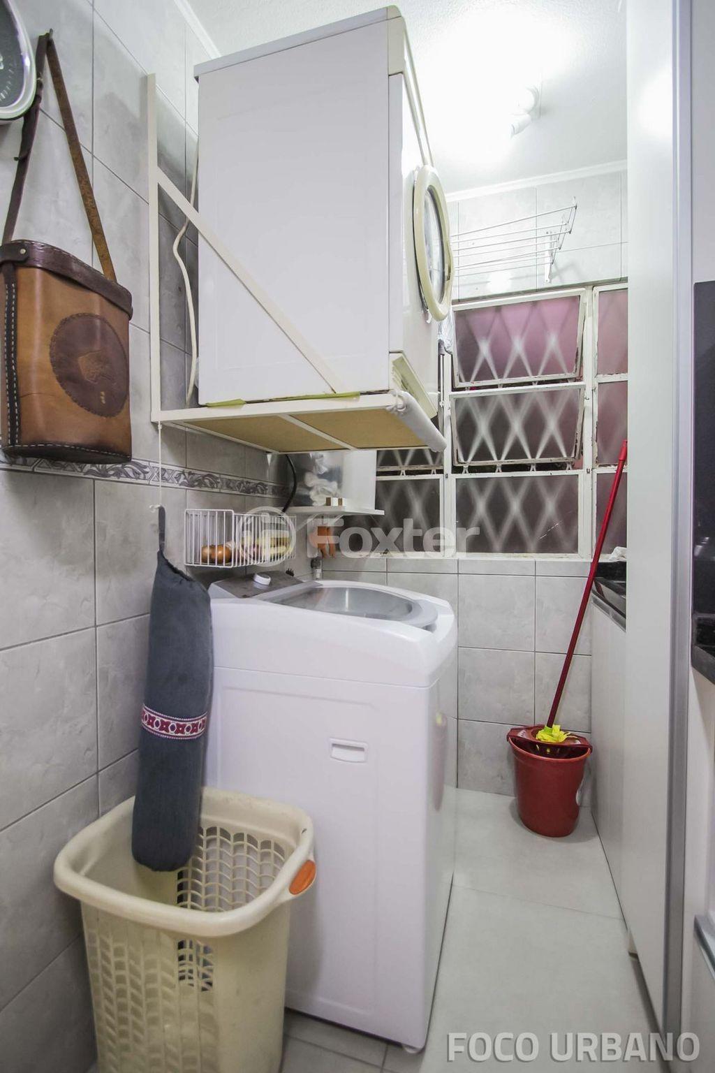 Apto 2 Dorm, Santo Antônio, Porto Alegre (139385) - Foto 13