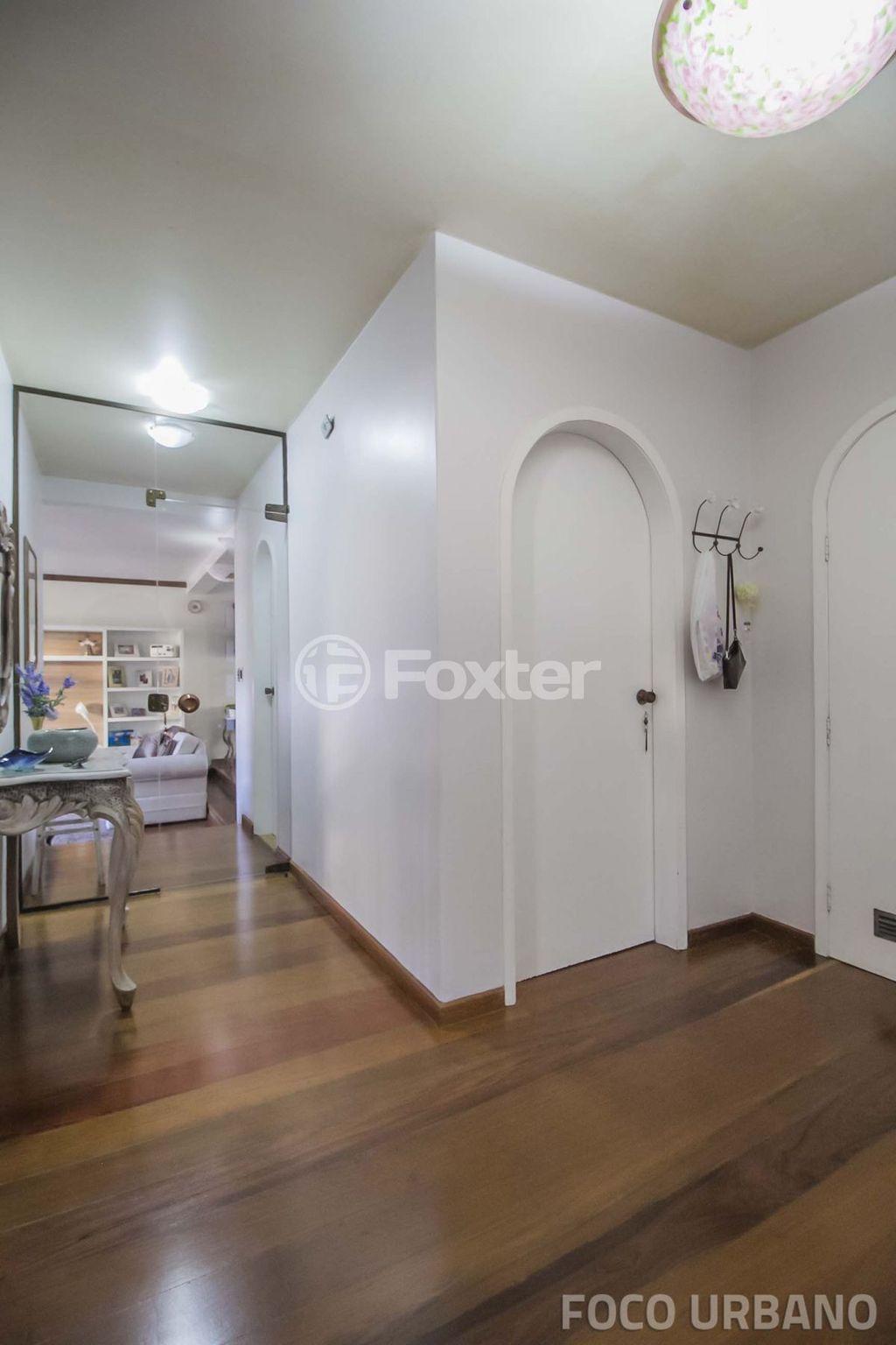 Foxter Imobiliária - Casa 3 Dorm, Menino Deus - Foto 3