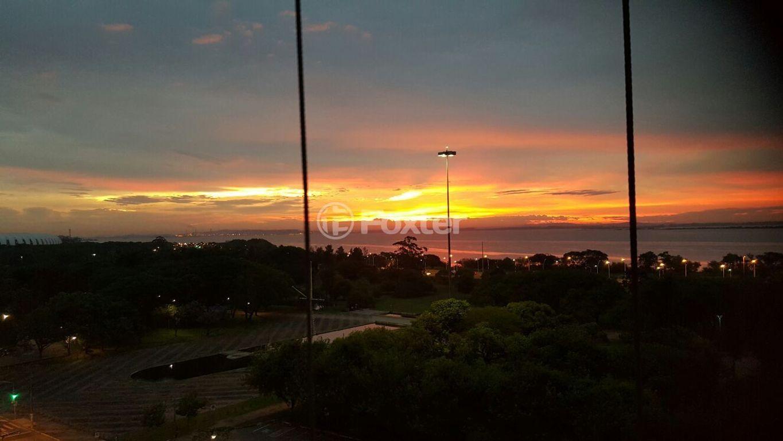 Apto 3 Dorm, Praia de Belas, Porto Alegre (141680) - Foto 30