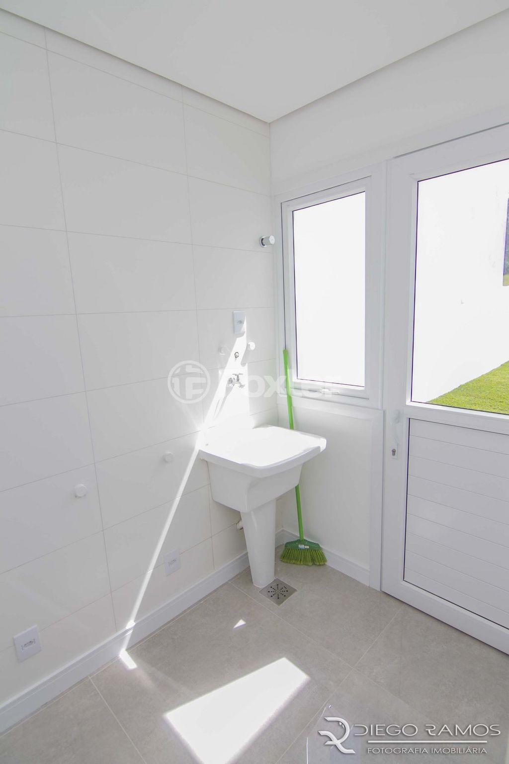 Foxter Imobiliária - Casa 4 Dorm, Porto Alegre - Foto 12